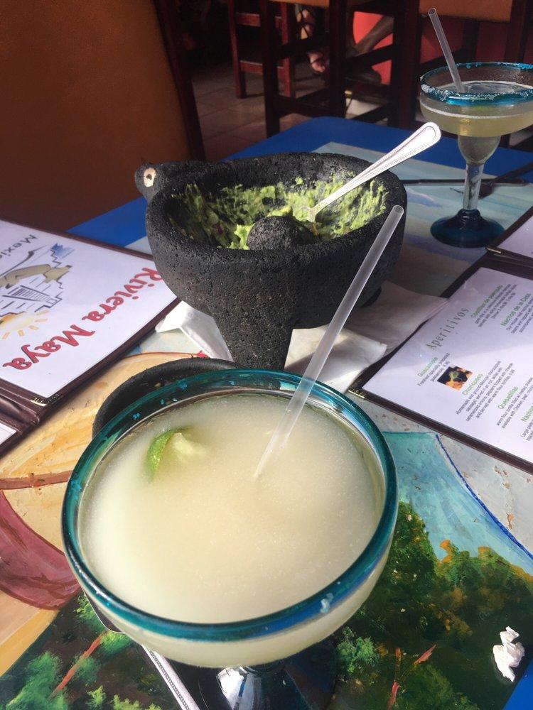 Riviera Maya Mexican Restaurant & Bar: 340 US Rt 206, Branchville, NJ