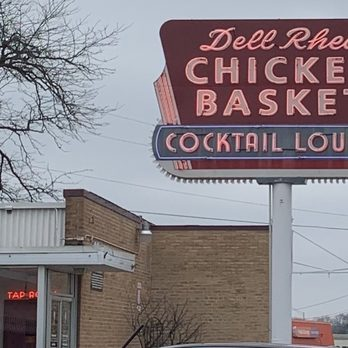 diners drive ins and dives willowbrook il