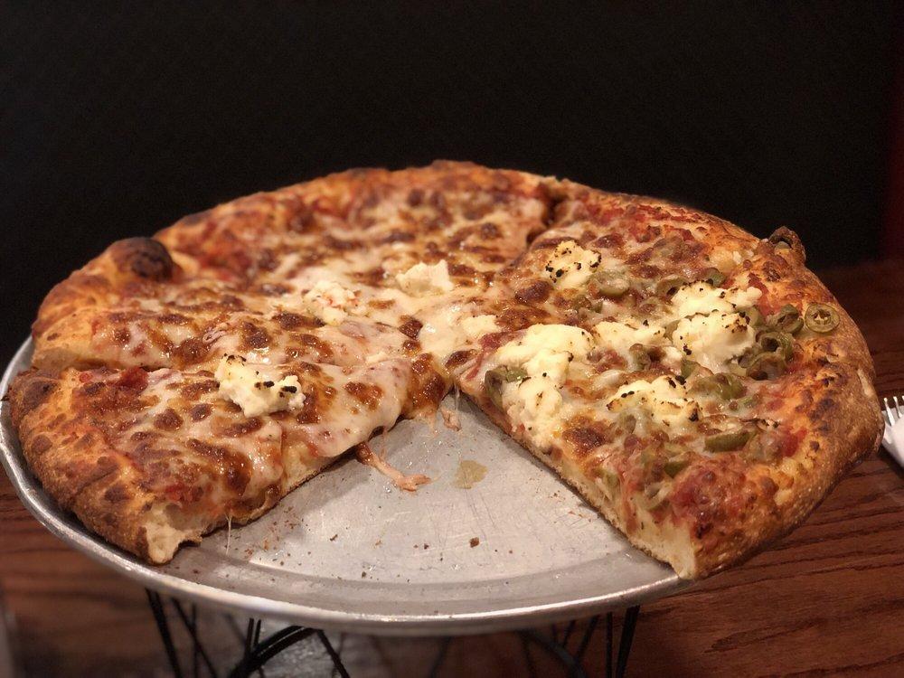 Da Boyz Italian Cuisine: 284 S Main St, Yuma, AZ