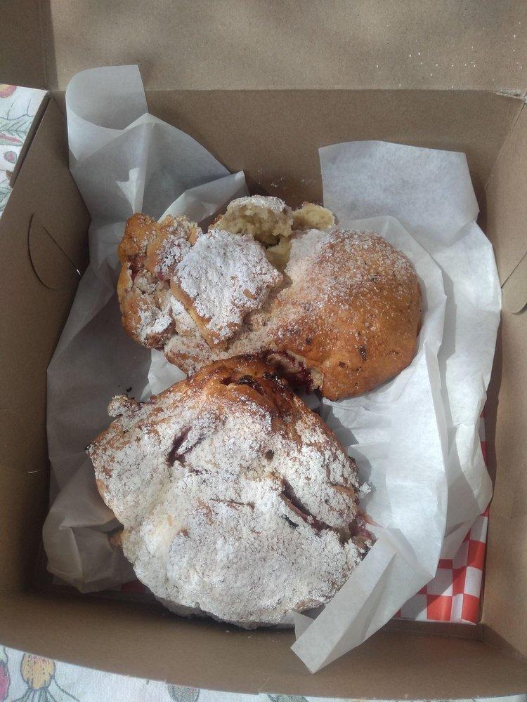 Mimi's Bakery & Deli: 190 W Main St, Escalante, UT
