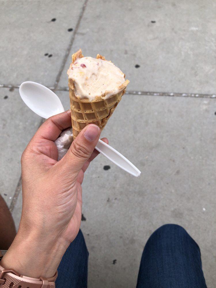 Ted and Wally's Ultra-Premium Homemade Ice Cream: 6023 Maple St, Omaha, NE
