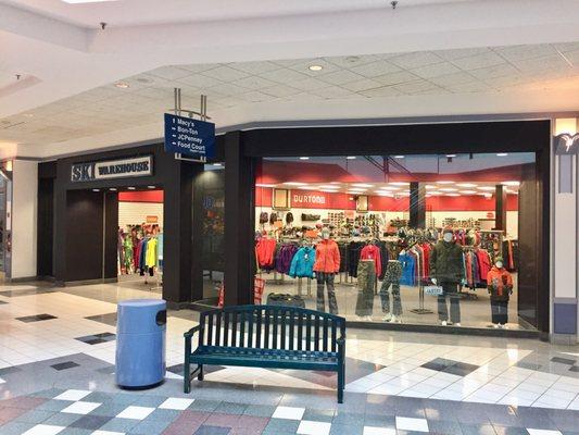 490b737bdcbb Willi s Ski Warehouse 5256 Rt 30 Westmoreland Mall Greensburg