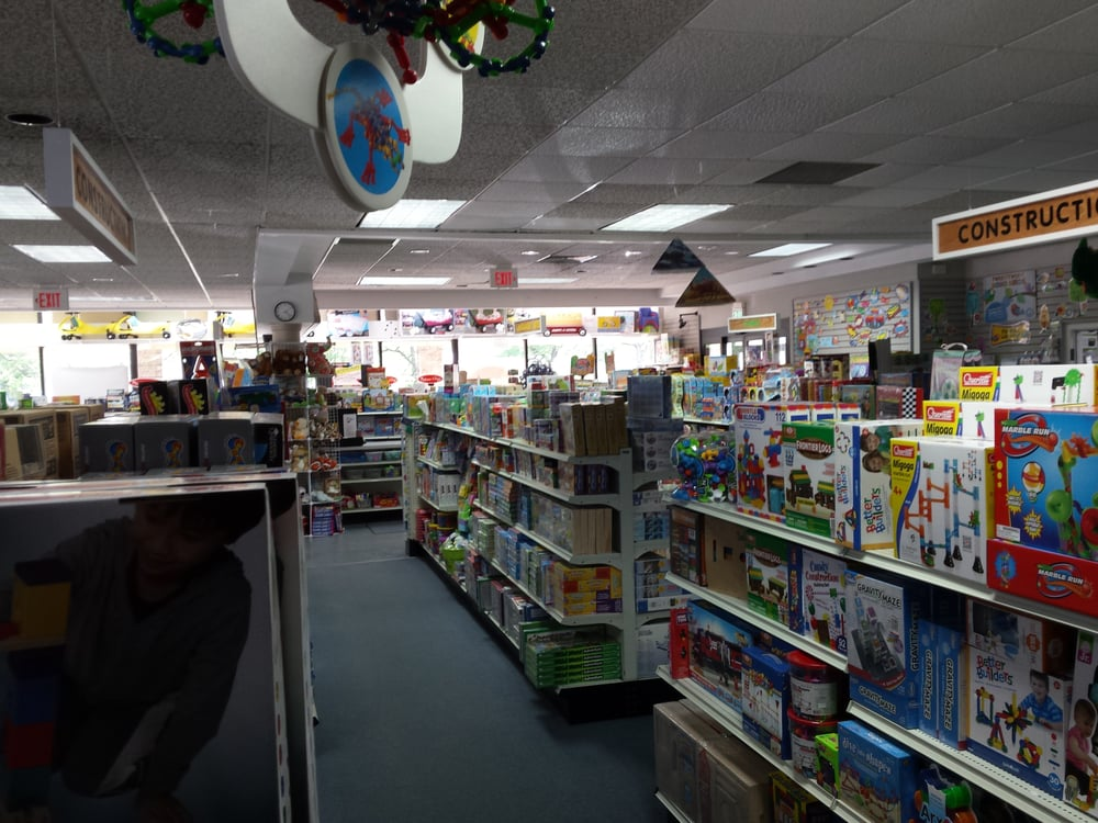 The Parent & Teacher Store: 515 Troy Schenectady Rd, Latham, NY