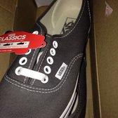 f54d49247e5099 Vans Outlet - Magasins de chaussures - 755 South Grand Central Pkwy ...