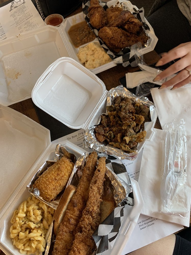 Food from Ta Bon Fry And Southern Eats