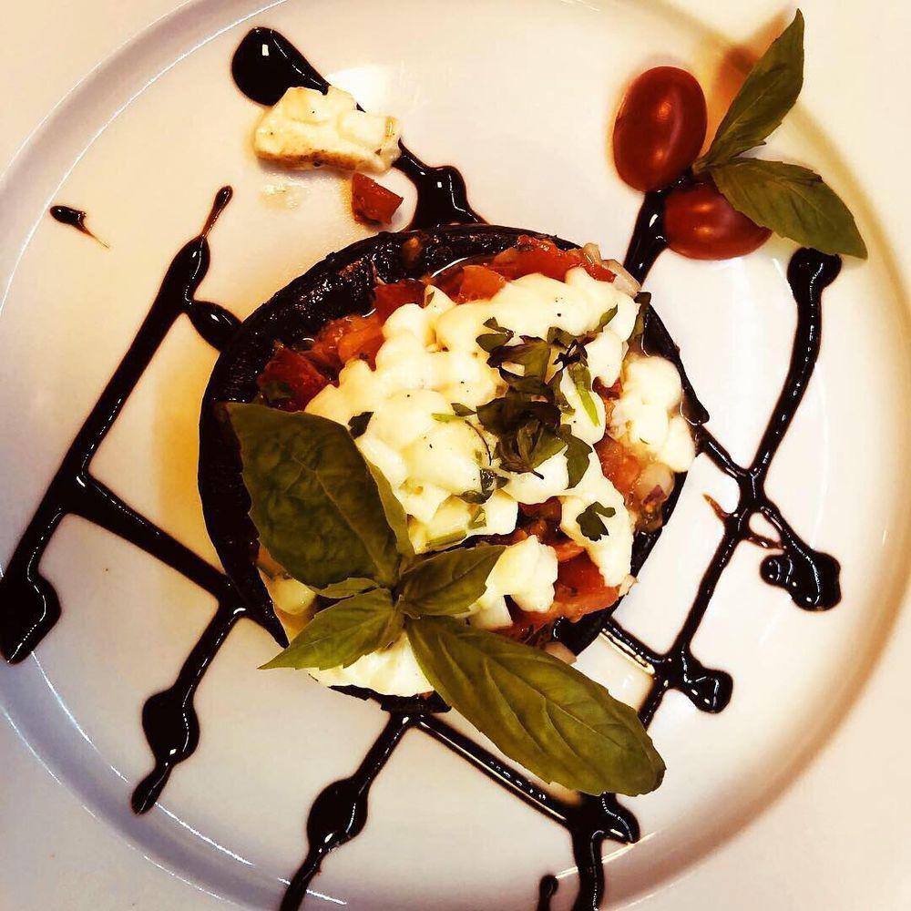 Sapori Italian Restaurant: 1000 E Walnut St, Perkasie, PA