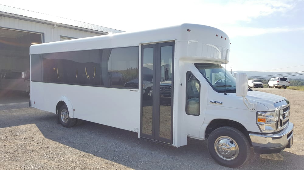 Red Carpet Limousine: 2566 Kingview Rd, Scottdale, PA