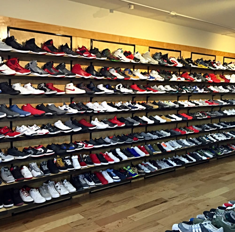 shoe club 18 reviews shoe stores 3157 middlefield rd