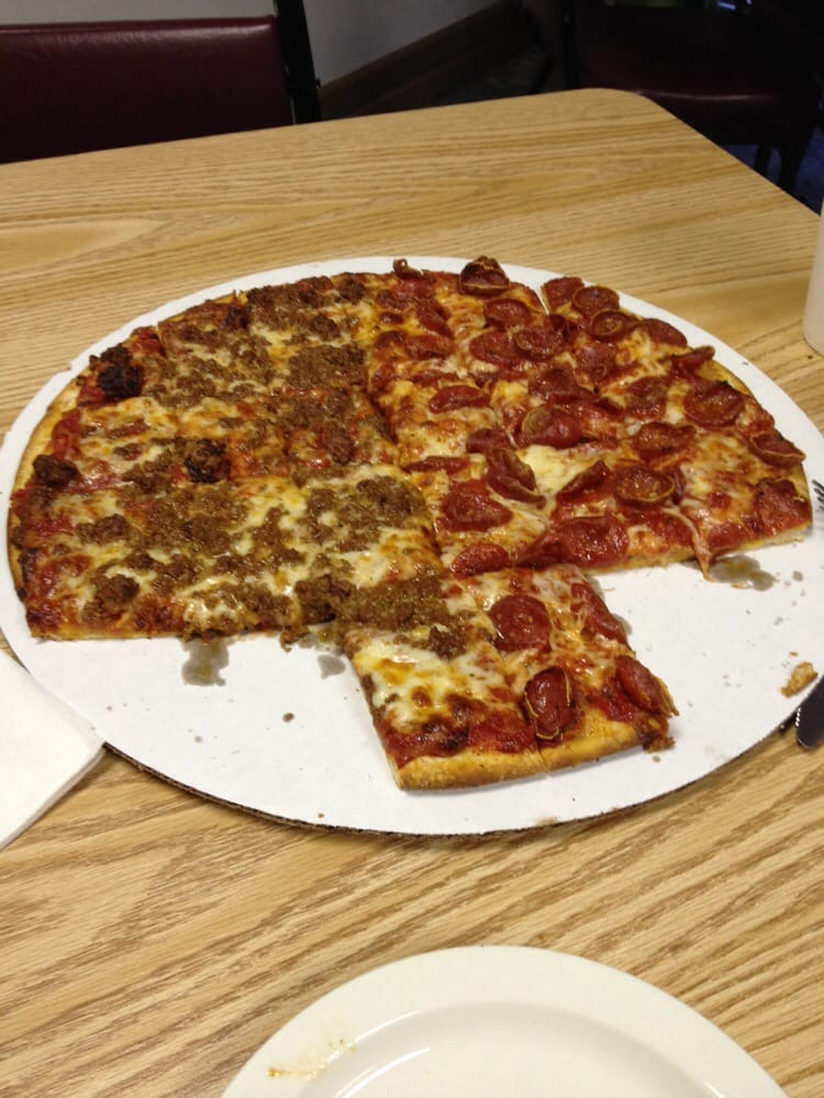 Casa di pizza 26 recensioni pizzerie 2986 mckinley for Case di cracker di florida