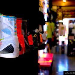c54f1066130 Soles 101 - 21 Photos   22 Reviews - Shoe Stores - 228 E Thompson ...
