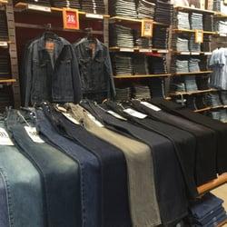 c04866e4d16 Levi s Outlet Store - 12 Photos   15 Reviews - Women s Clothing ...