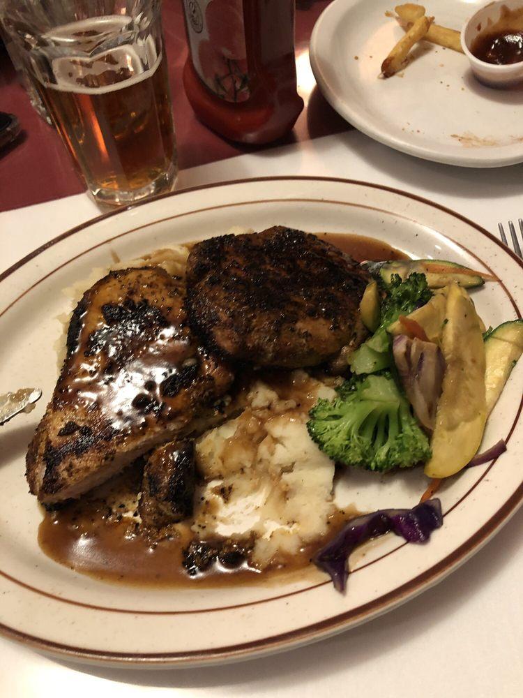 Bernie's Restaurant: 72 Main St, Montgomery Center, VT