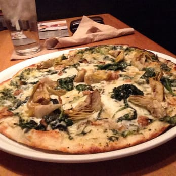 California Pizza Kitchen At Waterford Lakes Orlando Fl