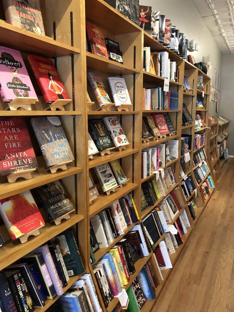 Loyalty Bookstore