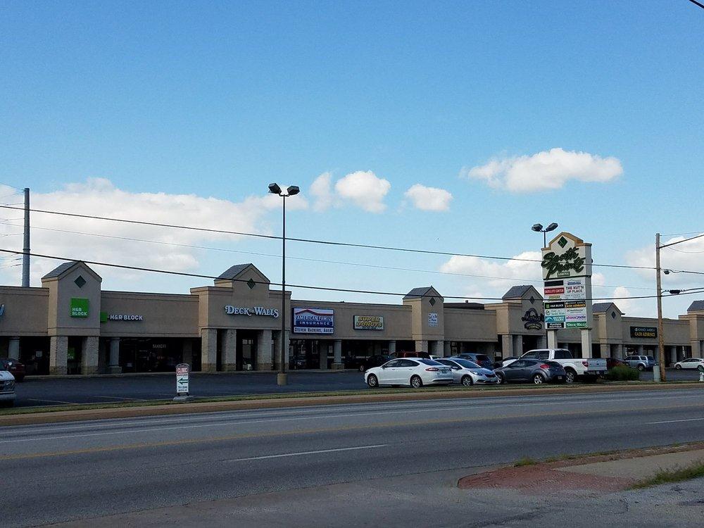 Super Donuts: 1901 E 32nd St, Joplin, MO