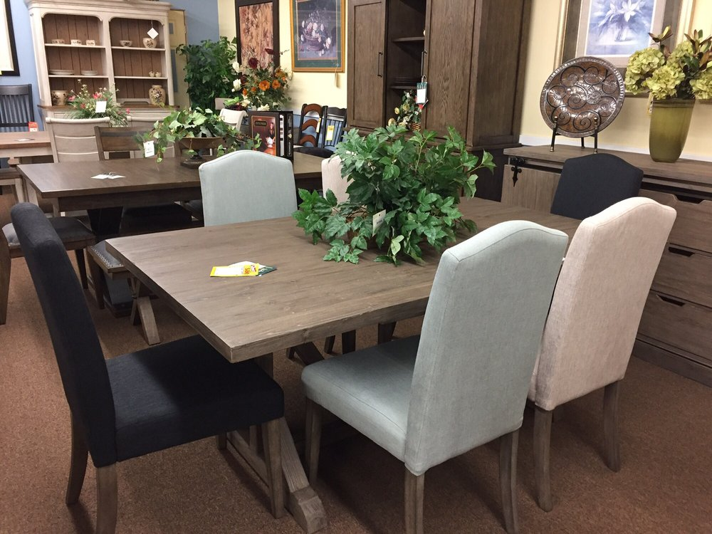 Rudolph's Furniture: 11 South Barron Blvd, Grayslake, IL