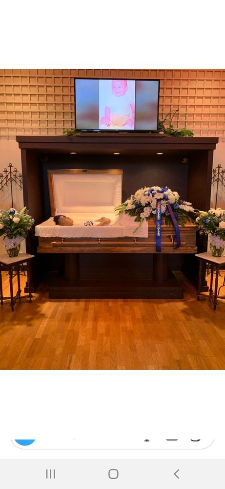 Buena Park Chapel Renaker-Klockgether Mortuary: 7651 Commonwealth Ave, Buena Park, CA