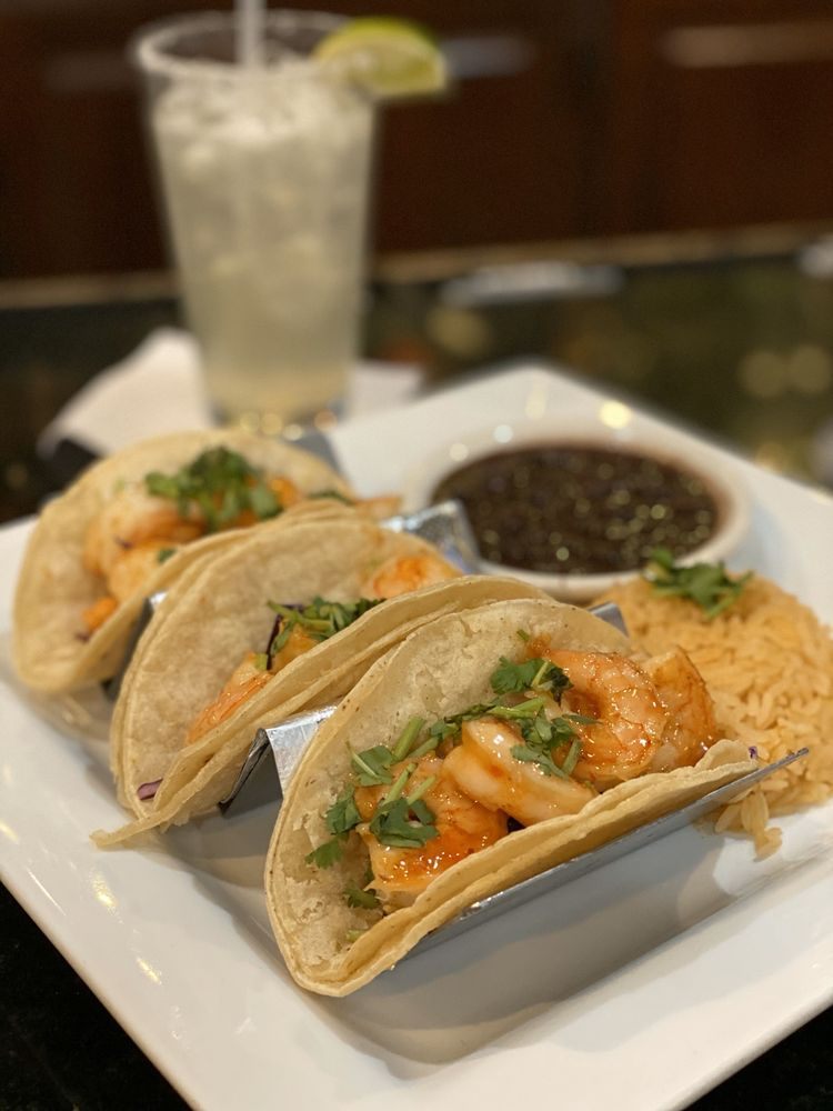 Casa Tequila Bar & Grill: 1020 E Main St, Purcellville, VA