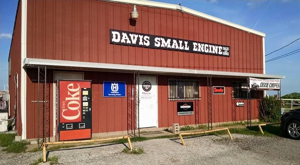 Davis Small Engine Repair: 934 Cropper Rd, Burkburnett, TX