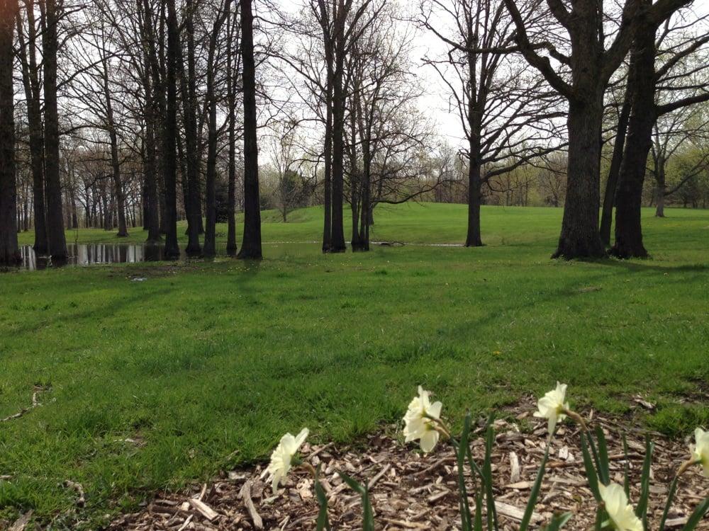 Brunet Park: 2389 7th Street, Windsor, ON