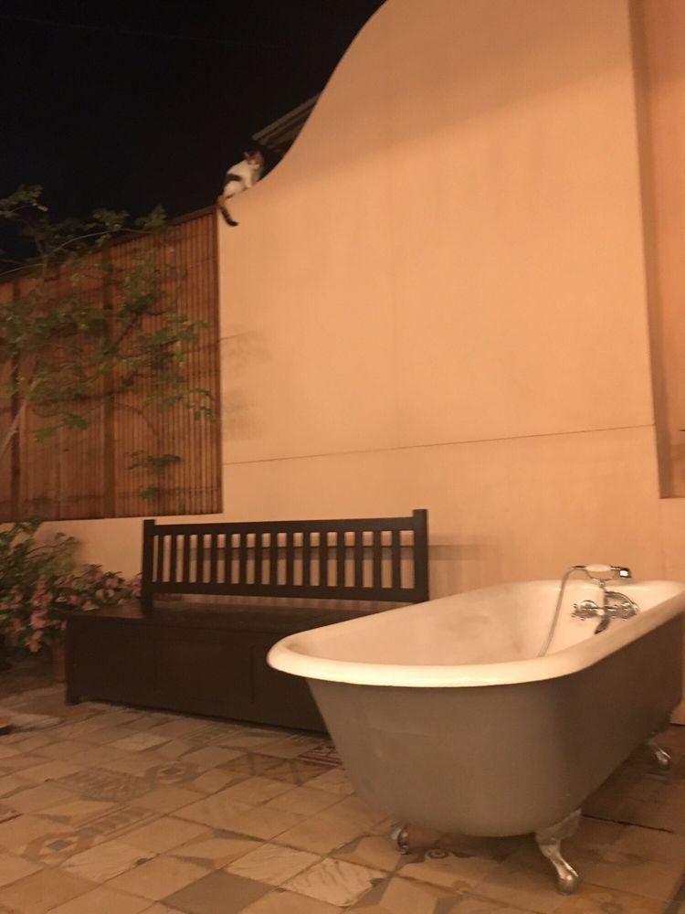 rooftop bathtubs! - yelp