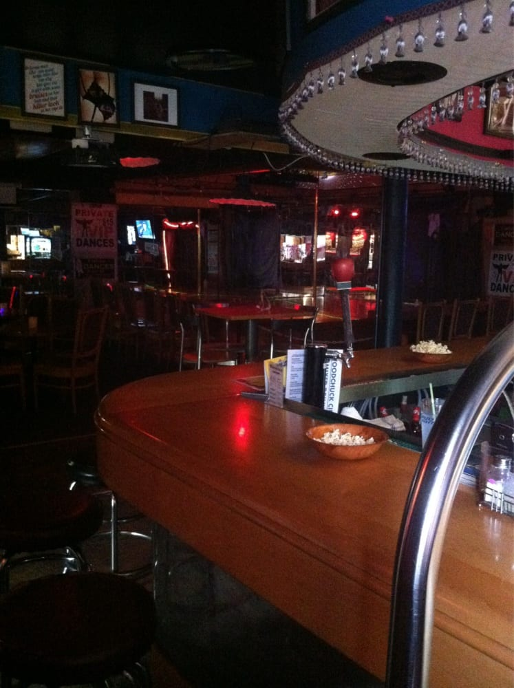 Whoosah Lounge: 614 State Rt 48, Fulton, NY