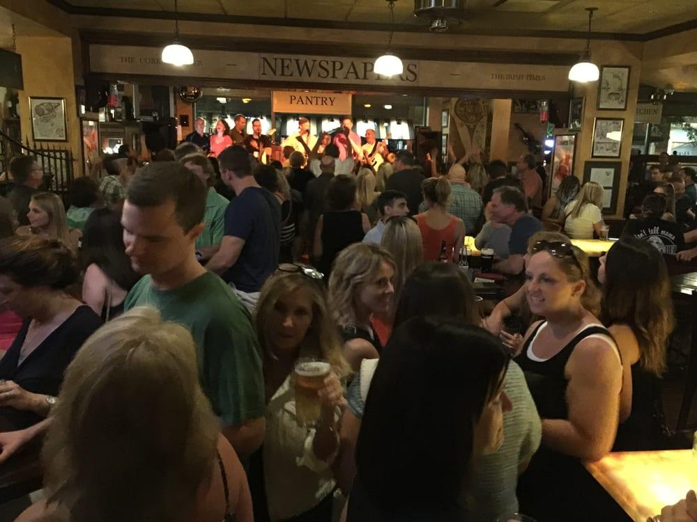 Peggy Kinanne S Irish Restaurant And Pub 120 Photos