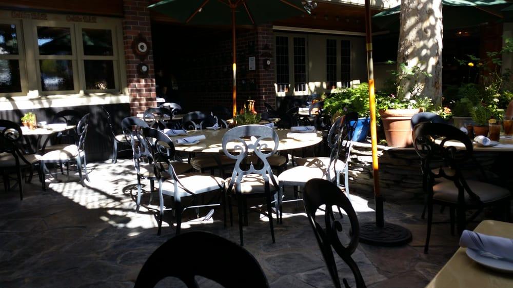 Muldoon S Irish Pub Newport Beach Ca