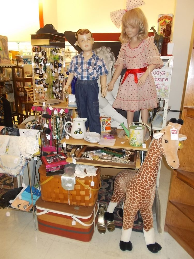 Treasure Trove Mini Mall & Consignments: 12209 US Hwy 19, Hudson, FL