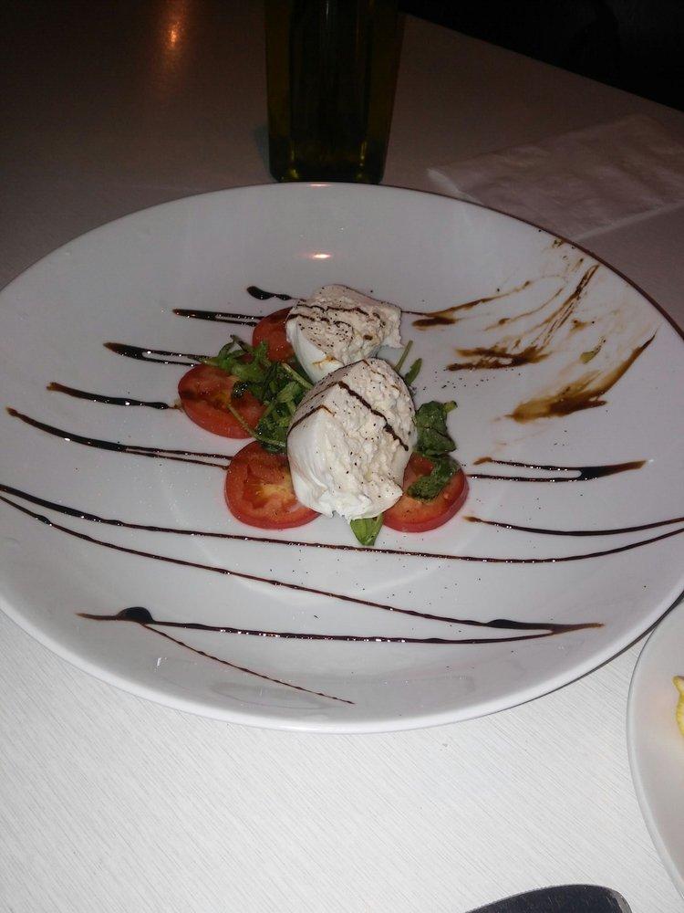 Mama Mia Italian Restaurant Bar