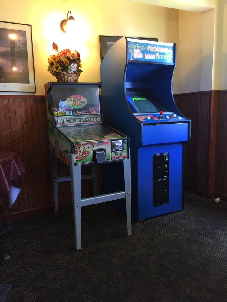 Lanesboro Restaurant & Pizzeria: 739 S Main St, Lanesboro, MA