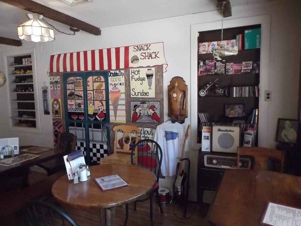 Tina's Bar-B-Q: 228 Main St, Rising Sun, IN