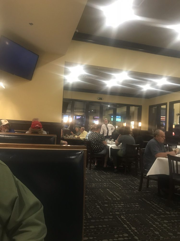 Lucky's Steakhouse: 2305 Snowdrift Dr, Gaylord, MI