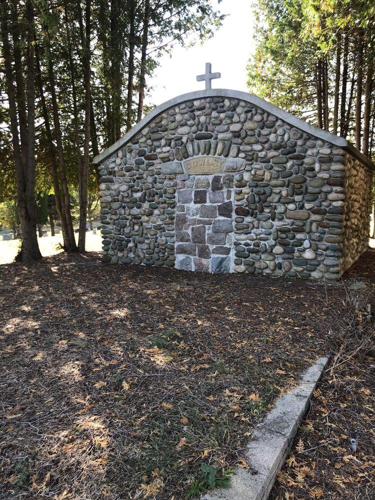 Saint Anne Cemetery: 110 S State St, Harrisville, MI