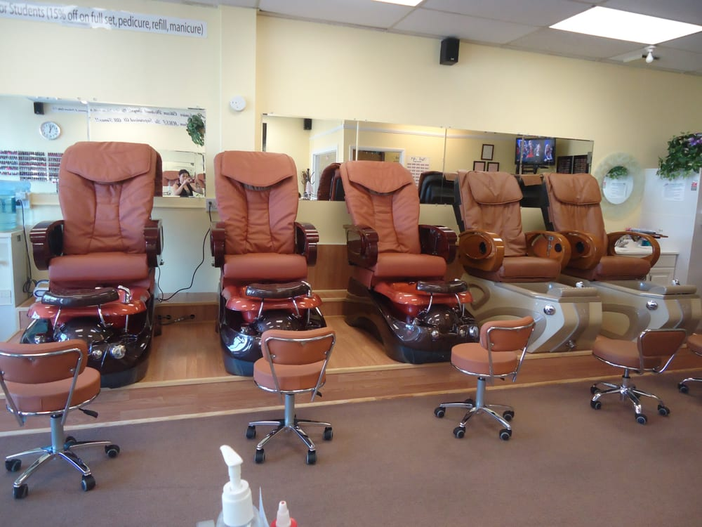 Perfect touch nail salon nail salons 8964 watson rd for A perfect touch salon