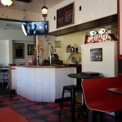 Photo Of Papa S Pizza And Grill Tehachapi Ca United States Dining Area