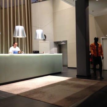 holmes place berlin potsdamer platz 40 photos 21 reviews gyms gabriele tergit promenade. Black Bedroom Furniture Sets. Home Design Ideas