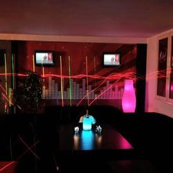Le Velvet-Club - Adult Entertainment - 9 Impasse Château Rouge ...