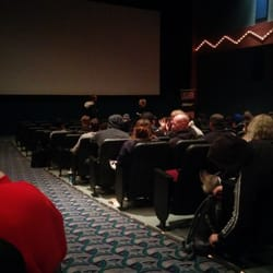 cineplex 31 reviews cinema 200 barclay parade sw. Black Bedroom Furniture Sets. Home Design Ideas