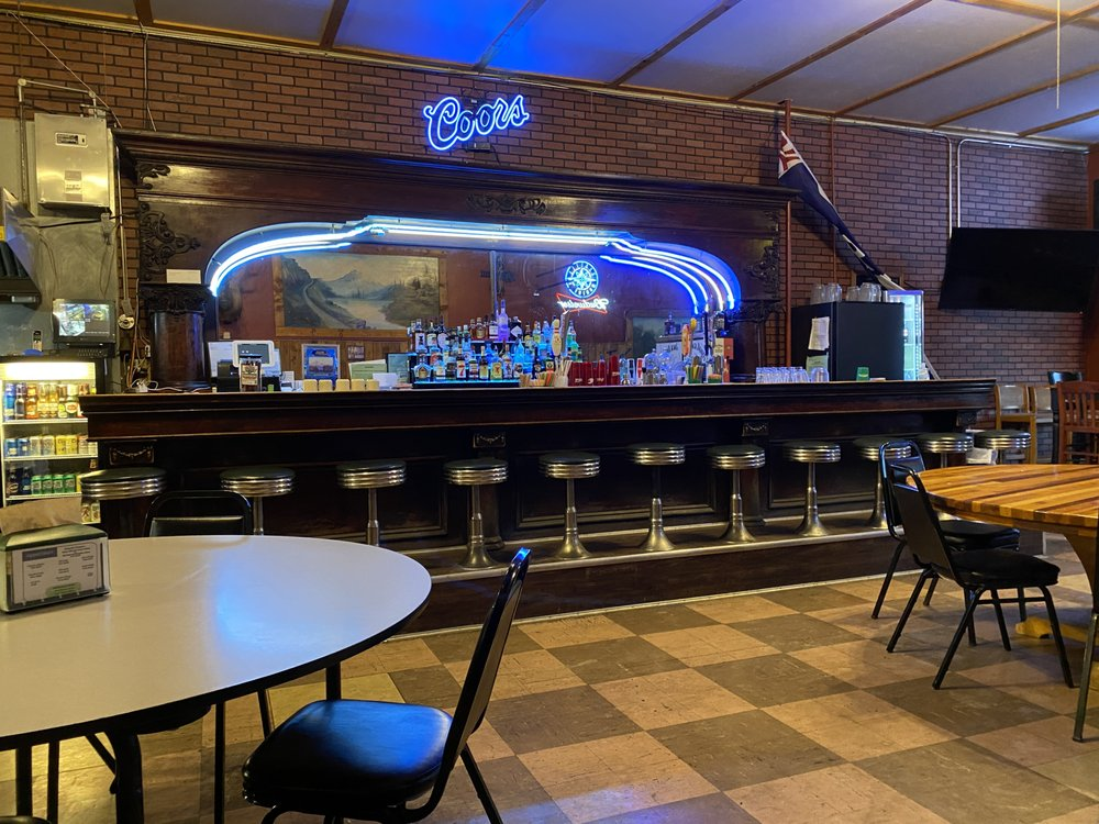 Couleegan's Bar & Grill: 508 W Main St, Coulee City, WA