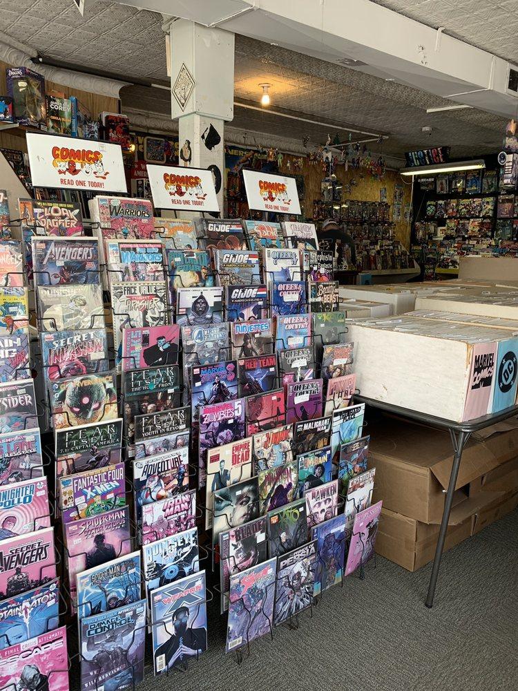 Electric City Comics & Magazines: 1704 Van Vranken Ave, Schenectady, NY