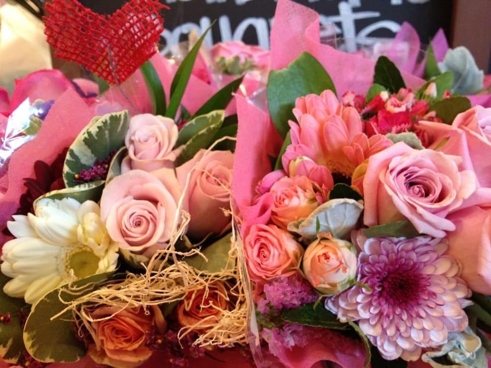 Photo Of Whole Foods Market New York Ny United States Mini Bouquets
