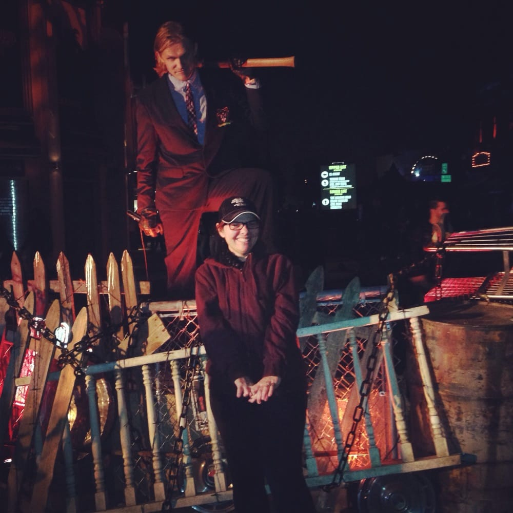the amazing actor in the purge scarezone that i stood and watched