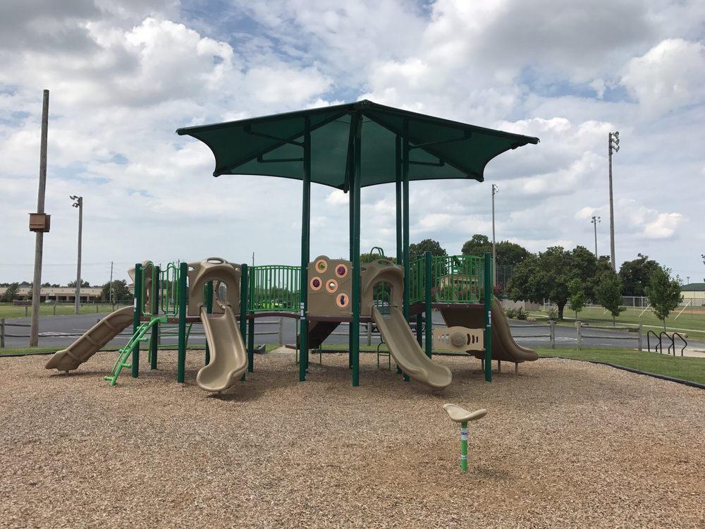 Philips Park: 3108 SE J St, Bentonville, AR