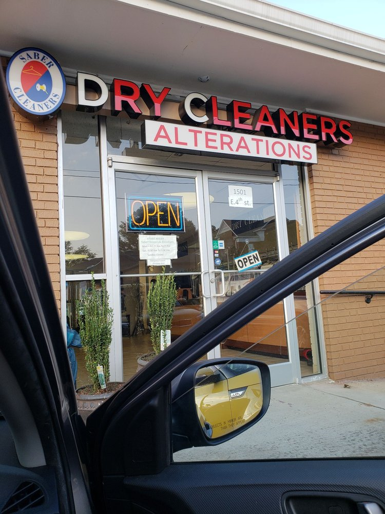 Saber Cleaners & Alterations