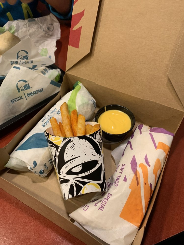Taco Bell: 25737 US Route 11, Evans Mills, NY