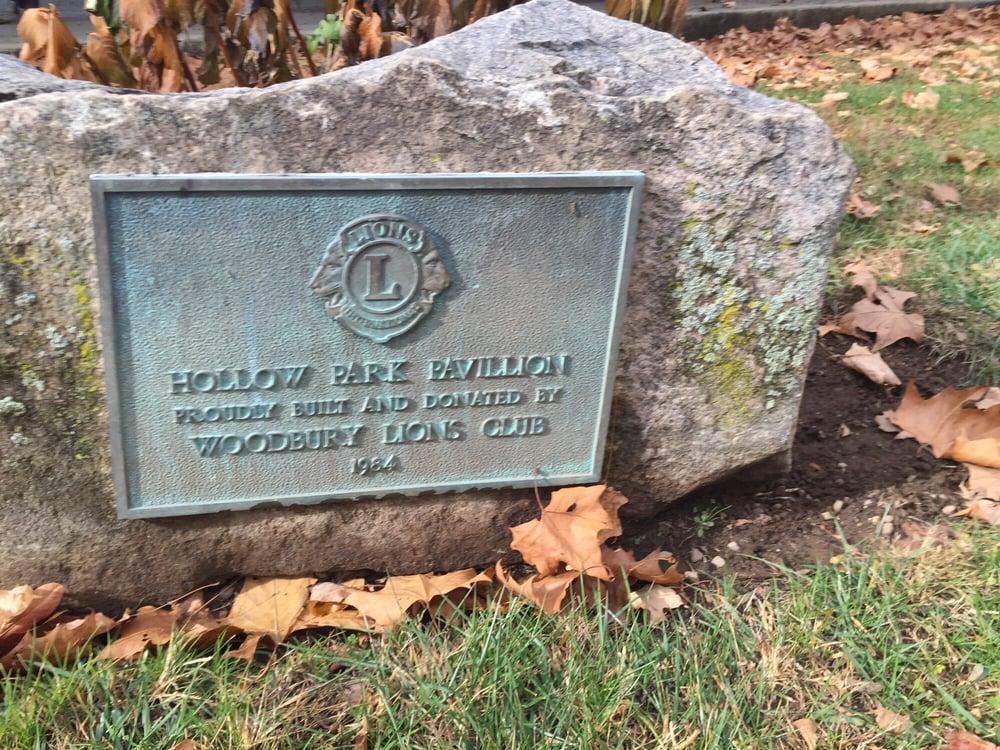 Hollow Park: Hollow Rd, Woodbury, CT