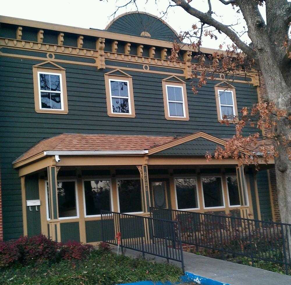 The Bodhi Tree Salon & Spa: 2520 E Mission Blvd, Fayetteville, AR