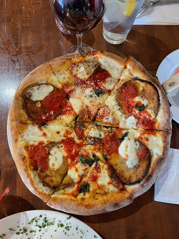 Mario's Woodfired Pizzeria: 406 3rd St, Beaver, PA