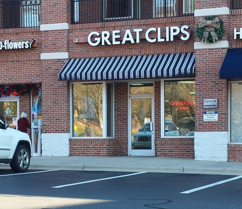 Great clips hair salons 5110 park rd south park for 8 the salon southpark charlotte nc